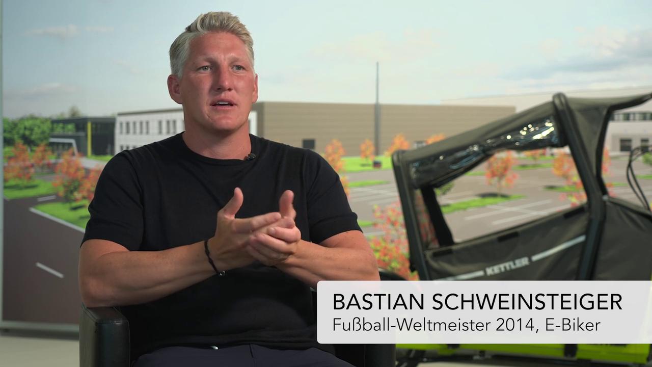 IAA Mobility: Bastian Schweinsteiger als Fahrrad-Botschafter